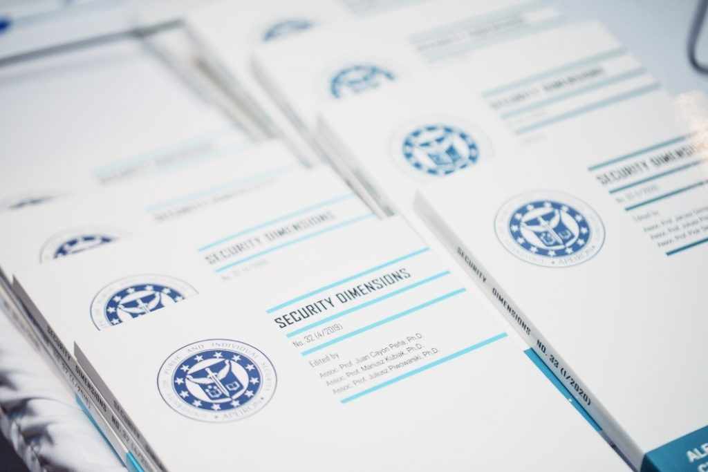 WSBPI Apeiron Erasmus International Days journals